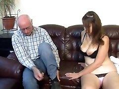 Deutsch Opa macht junge Mädchen geil