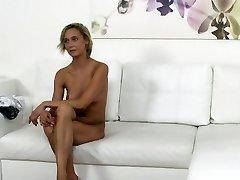 Czech platinum-blonde waitress pokes in casting