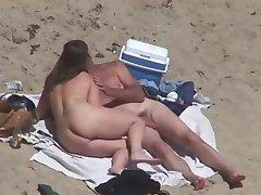 Nude Beach - Couples Caught on Camera - voyeurs & helpers