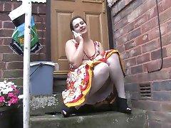 Voyeur 1 - Chubby babe sitting outdoor (MrNo)