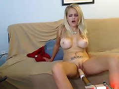 Busty blonde amateur fucking machine webcam