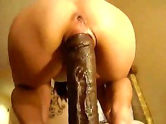 Girl riding a big dildo, get fisted & squirt