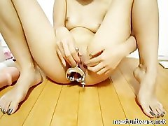 Jacintha Huge Insertions in my tight pussy