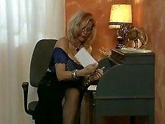 बड़े स्तन पाने प्रवेश - डी बी के लिए वीडियो