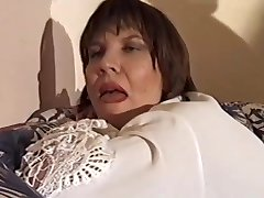 Mature woman loves to fuck - Telsev