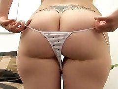 Cute Juicy Assed Blonde Gets Fucked