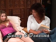 Deauxma & Sunny Lane in Lesbian Seductions #07