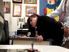 Teacher fucking the secretary in the school office