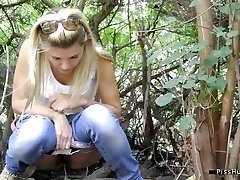 pissing in nature 10127