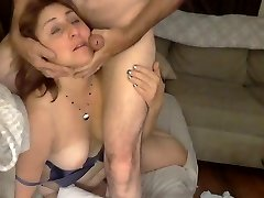 Big Arse Mommy Gets A Facial
