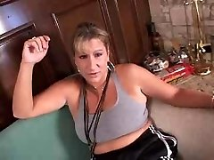 Mature blonde gets fitness and bang