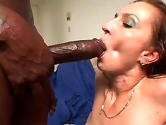 Hawt Cougar Sploog for dark mate with biggest pecker