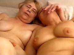 OmaPasS Homemade Grandmother Ladies Toying Masturbation
