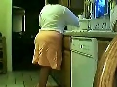 Elder couple kitchen fuck