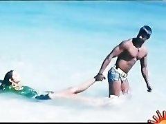 Bollywoods Ragini Dwivedi hot for Vijays Big Andhra Dark-hued Cobra