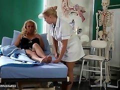 Horny Cougar has amazing toe fucking treatment from torrid nurse