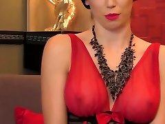 GlamyAnya webcam girl in pantyhoses giving you poppers