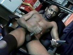 Wanking ebony dick to make leg better