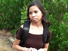 Super-cute Indian chick Amanda Putri picked up in the street got money for hook-up