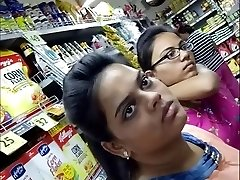 20 Year Older BIG TITS INDIAN Chick Spied In The Mall