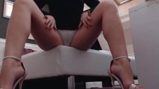 Sexiest soles on the world in open high high-heeled slippers