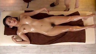 Dumping Lesbo Massage two.01 (Censored)
