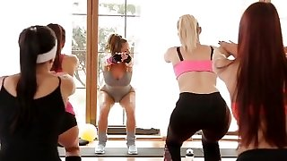 FitnessRooms Full gig after group workout