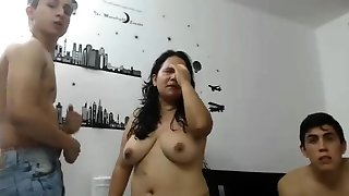 bbw latin milf plays with 2 studs on cam ptwo