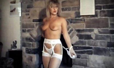 DA YA THINK I'M Marvelous? - vintage striptease dance spectacle