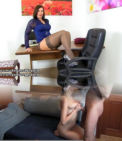 British milf Raven gets cream colored for her dildo
