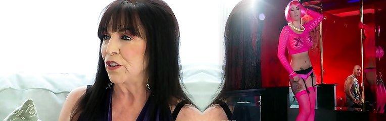 Torrid milf sex with cumshot