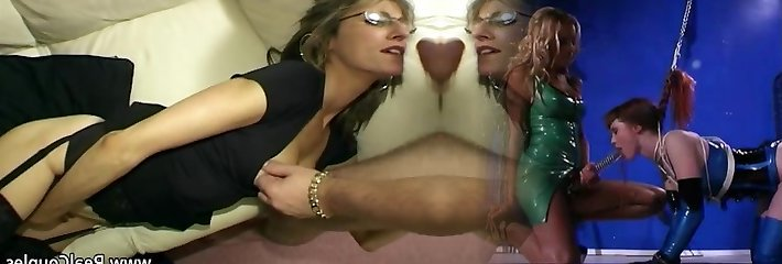 Wifey moans loudly while fucked in ass