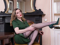 Miss Bentley, she needs an assistant to worship her in her fully fashioned nylons and 6 heels.