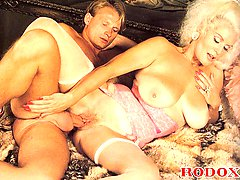 Mature retro lady gets cock