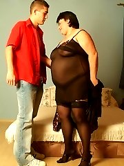 Cute BBW Laszlone plays with her own boobs while her boyfriend fucks her in the mouth