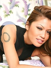 Charmaine is a teasing expert in her thigh high stockings, high black heels and toned lickable...