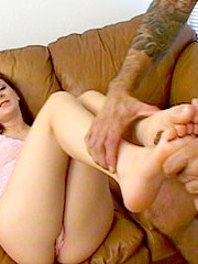 Hot brunette with pink cunt gets feet glazed
