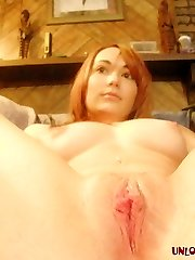 Appealing redhead amateur ex-girlfriend Riley teasing us with her sexy booty