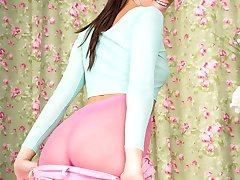 Becky's loving the stunning bubble gum pink hose she is sporting here.