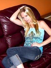 Blonde Amateur Nude - Lexi