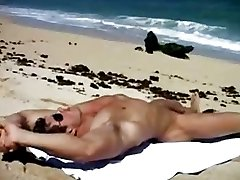 Muscle man on the bech jerk off