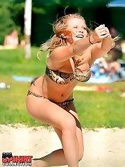 Voyeur hunter caught many bikinis