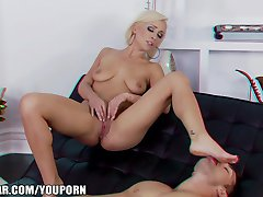 Lexi Swallow finally finds a man to satisfy her foot fetish
