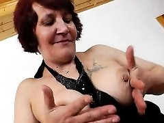Gorgeous Manka shows off her flexible pussy plus some