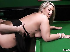 Busty blonde fattie in sexy nylon spreads her thick hips for cock on a table