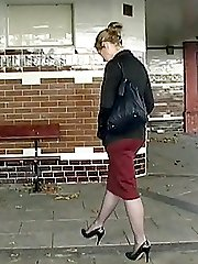 This is how Iona likes to dress, in a skirt and high heels, just look at her shapely sexy legs