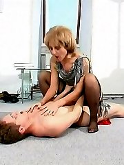 Voluptuous mature chick teasing kinky guy while caressing her fleshy pussy