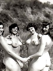Vintage babes play outside