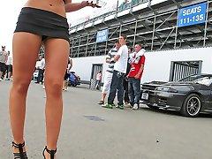 Secret spying of amateur up skirts
