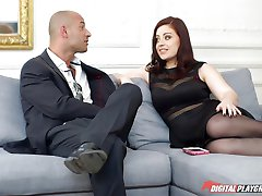 Lexie Candy hammered deep by the bodyguard